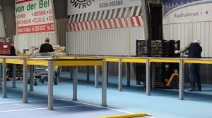 boekenmarktopmeer opbouwen dag 1 zondag 30-04-2017 (7)